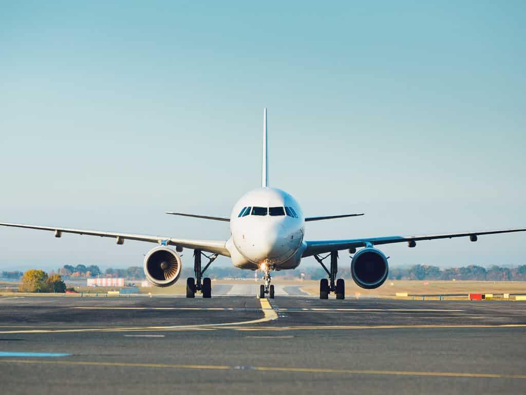 taxi-lyon-aeroport-conciergerie-du-6e-vtc-lyon-aeroport